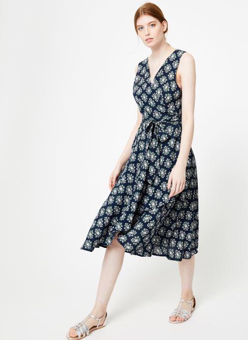 Vêtements Yuka Robe Augusta Bleu vue bas / vue portée sac