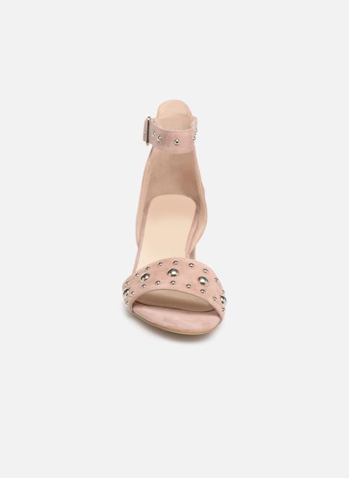 Sandalias Shoe the bear May Studs Rosa vista del modelo