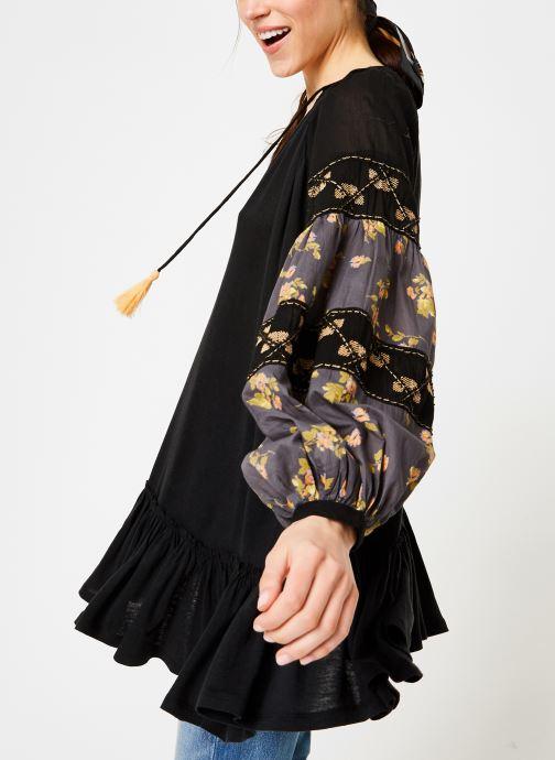 Vêtements Free People MIX IT UP TUNIC Noir vue détail/paire