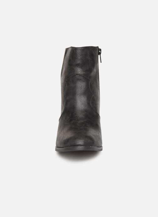 Bottines et boots Vanessa Wu BT1607 Noir vue portées chaussures