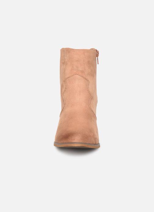 Bottines et boots Vanessa Wu BT1607 Beige vue portées chaussures