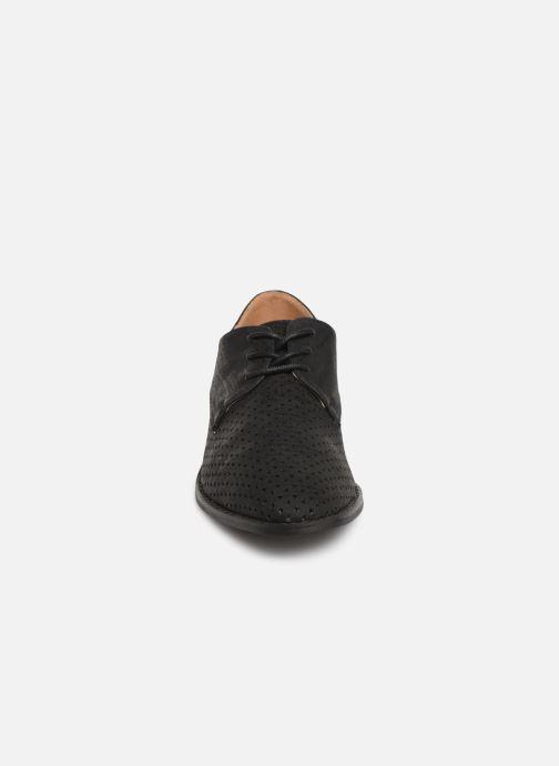 Chaussures à lacets Vanessa Wu RL1753 Noir vue portées chaussures