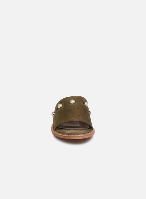 Mules et sabots Vanessa Wu SD1739 Vert vue portées chaussures
