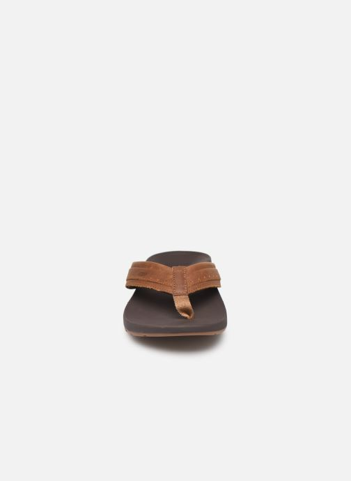 Tongs Reef Leather Ortho-Spring Marron vue portées chaussures