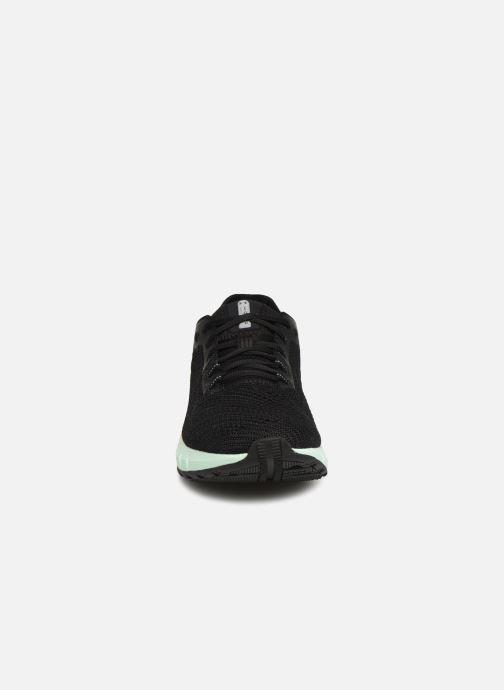 Baskets Under Armour UA HOVR Sonic 2 Noir vue portées chaussures