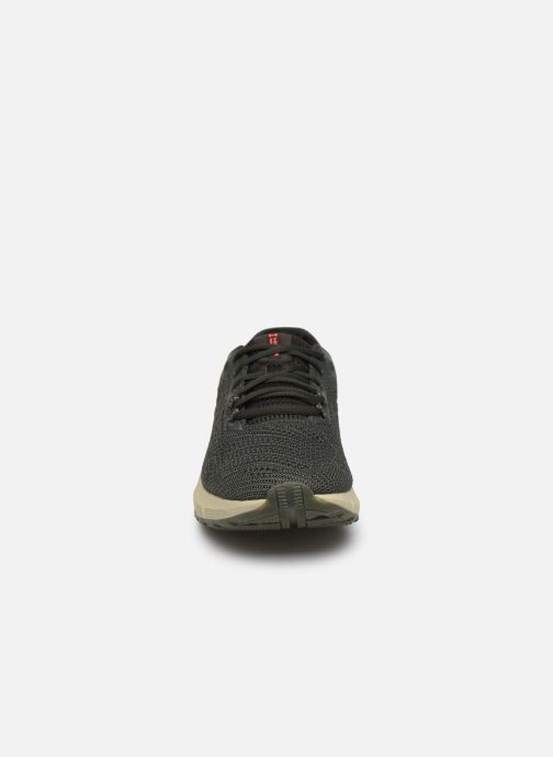 Baskets Under Armour UA HOVR Sonic 2 Vert vue portées chaussures