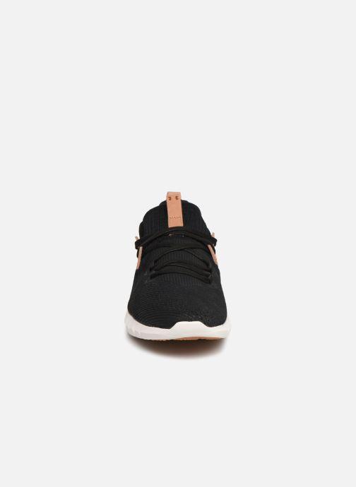 Baskets Under Armour UA HOVR SLK EVO Perf Suede Noir vue portées chaussures