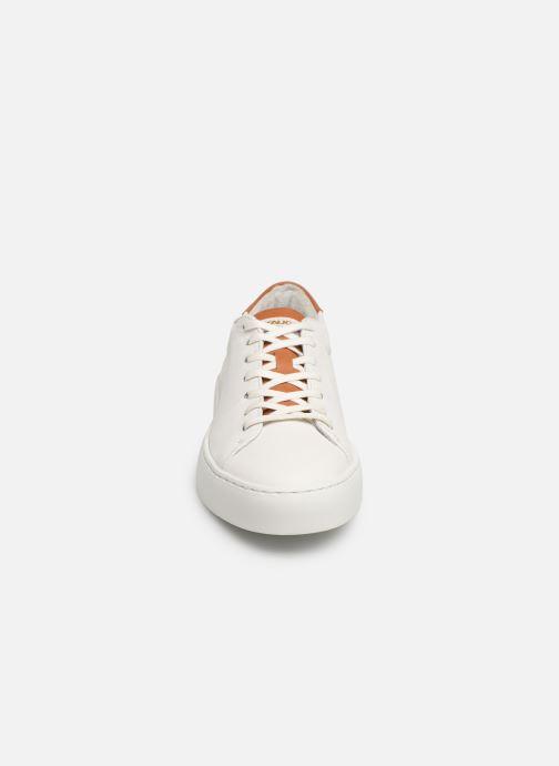 Baskets Pataugas Kella C Blanc vue portées chaussures