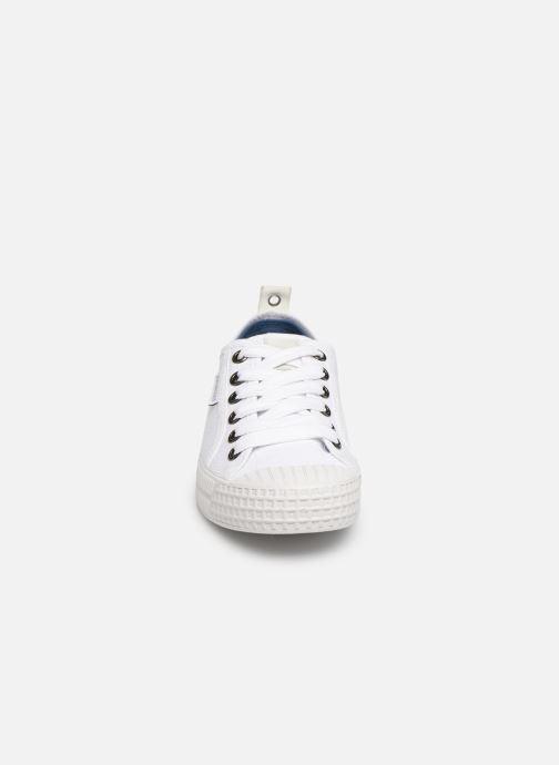 Sneaker Pataugas Piment C weiß schuhe getragen