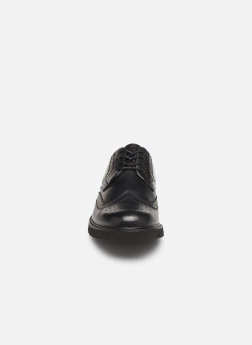 Snörade skor Sledgers Denver C Svart bild av skorna på