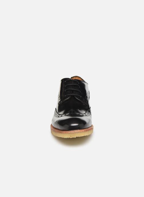 Zapatos con cordones TBS Arysonn Negro vista del modelo