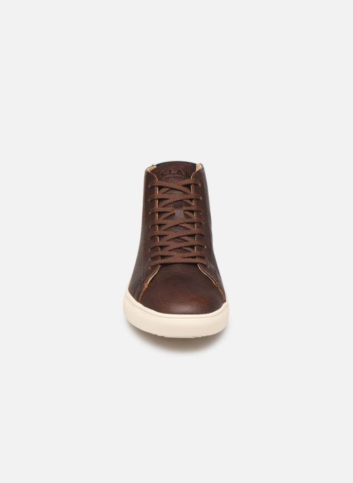 Sneaker Clae Bradley Mid braun schuhe getragen