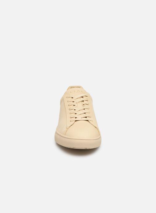 Baskets Clae Bradley M Beige vue portées chaussures