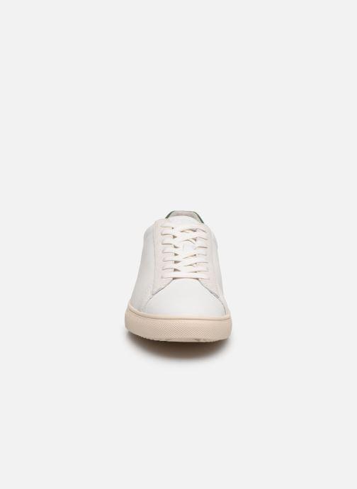 Sneaker Clae Bradley W weiß schuhe getragen