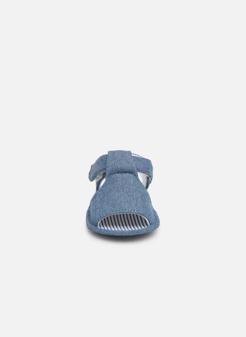 Sandales et nu-pieds I Love Shoes Sandale bébé scratch Bleu vue portées chaussures