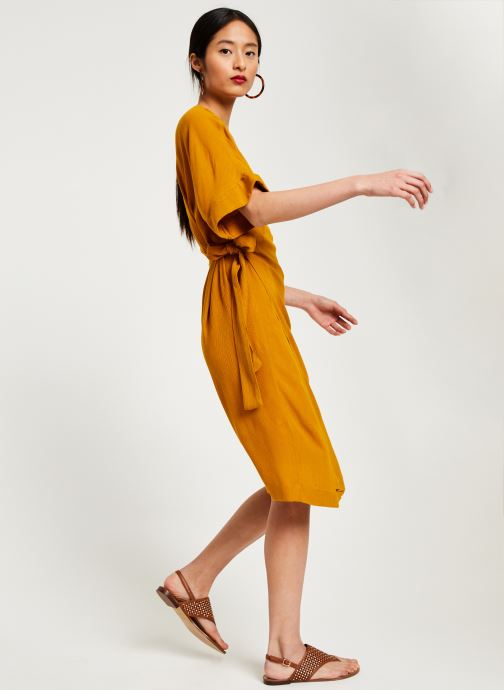 Vêtements Stella Forest ROBE MIDI BETSY Jaune vue bas / vue portée sac