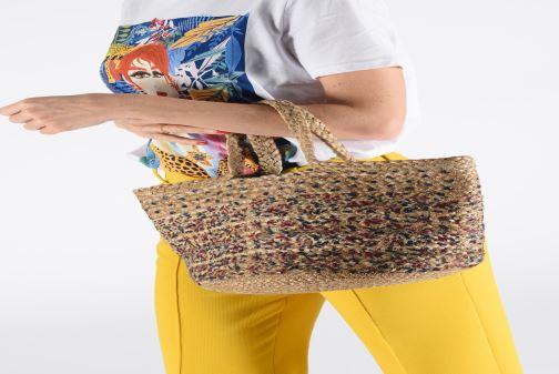 Handtaschen Stella Forest SAC PANIER BI IMP JESSIE beige ansicht von unten / tasche getragen