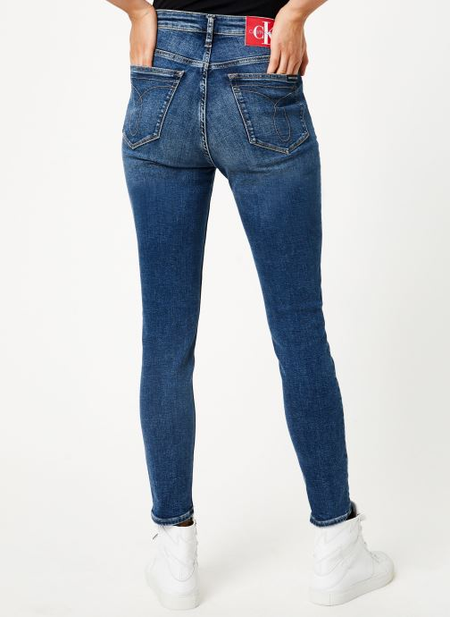 Vêtements Calvin Klein Jeans CKJ 010 HIGH RISE SKINNY ANKLE Bleu vue portées chaussures