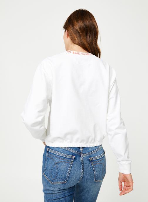 Kleding Calvin Klein Jeans LOGO TAPE CROPPED CREW NECK Wit model