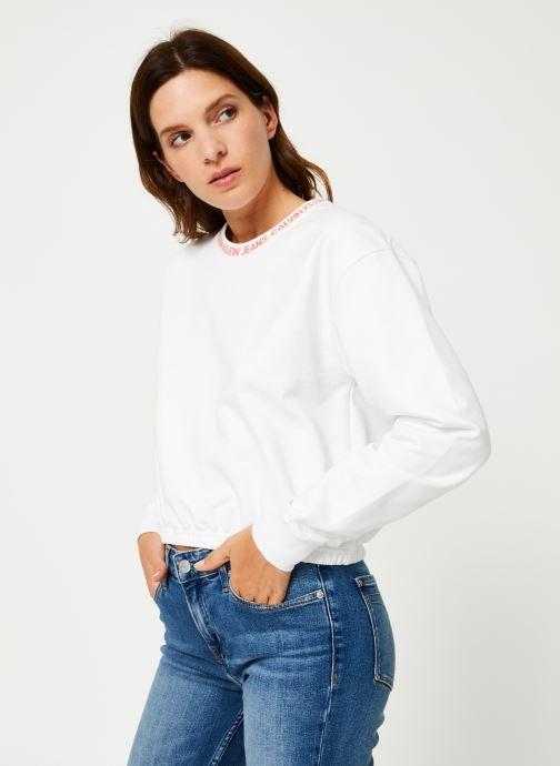 Kleding Calvin Klein Jeans LOGO TAPE CROPPED CREW NECK Wit rechts