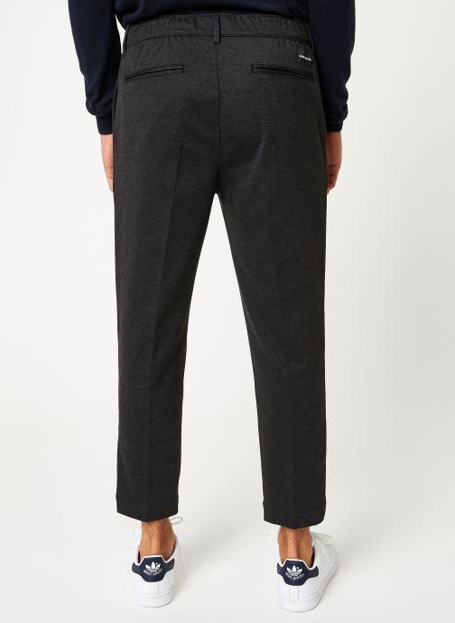 Vêtements Calvin Klein Jeans GALFOS MELANGE PANTS Noir vue portées chaussures