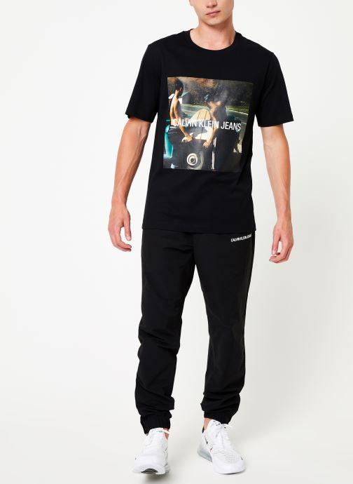 Kleding Calvin Klein Jeans PHOTO S/BOARD INSTITUTIONAL SS Zwart onder