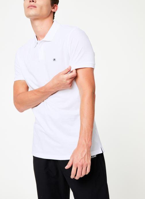 Vêtements Calvin Klein Jeans BADGE PIMA COTTON POLO Blanc vue détail/paire