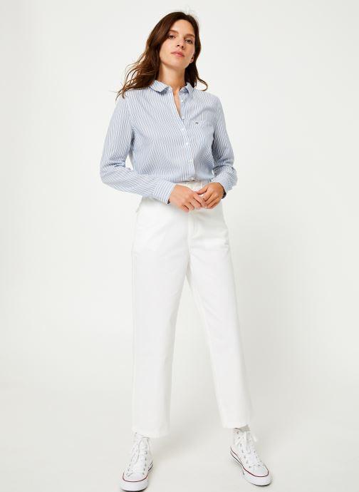 Vêtements Tommy Jeans TJW REGULAR STRIPE SHIRT Blanc vue bas / vue portée sac