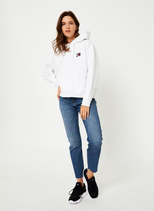Vêtements Tommy Jeans TJW TOMMY BADGE HOODIE Blanc vue bas / vue portée sac