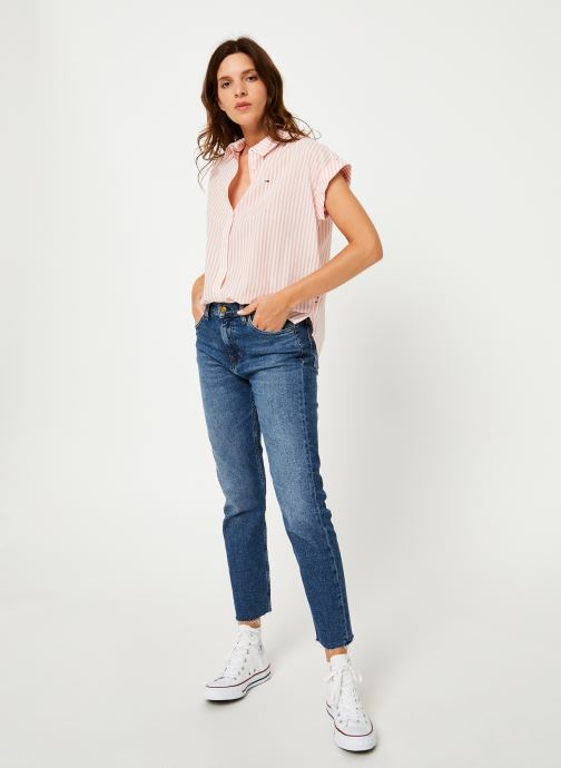 Vêtements Tommy Jeans TJW ROLLED UP SLEEVELESS SHIRT Rose vue bas / vue portée sac