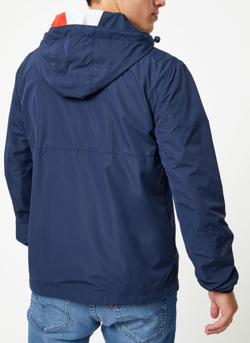 Vêtements Tommy Jeans TJM LIGHT WEIGHT POPOVER Bleu vue portées chaussures