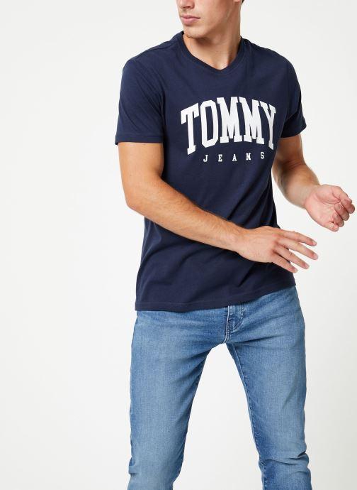 Tøj Tommy Jeans TJM ESSENTIAL LOGO TEE Blå Se fra højre