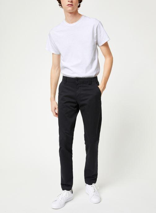 Vêtements Tommy Jeans TJM SCANTON CHINO PANT Noir vue bas / vue portée sac
