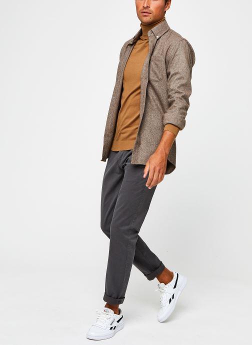 Vêtements Tommy Jeans TJM SCANTON CHINO PANT Gris vue bas / vue portée sac