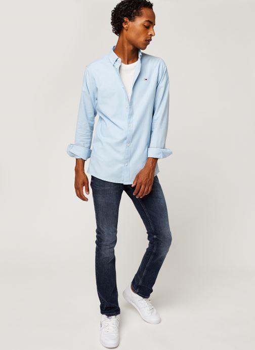 Vêtements Tommy Jeans TJM STRETCH OXFORD SHIRT Bleu vue bas / vue portée sac