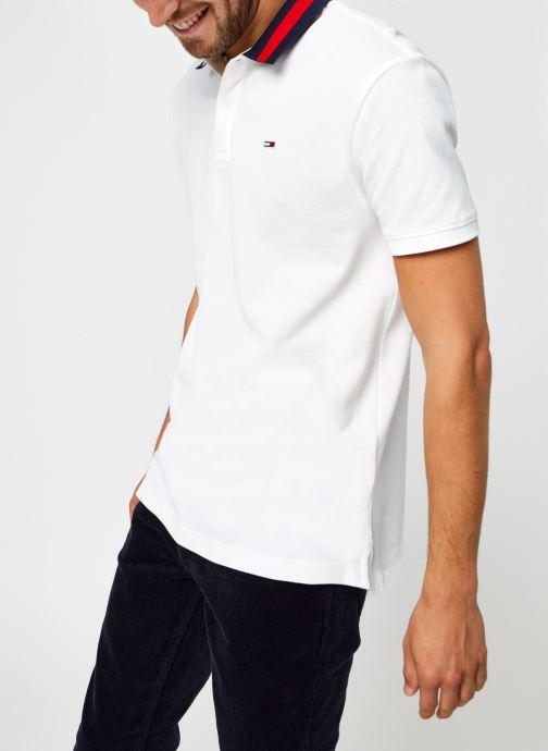 Vêtements Tommy Jeans TJM FLAG NECK POLO Blanc vue détail/paire