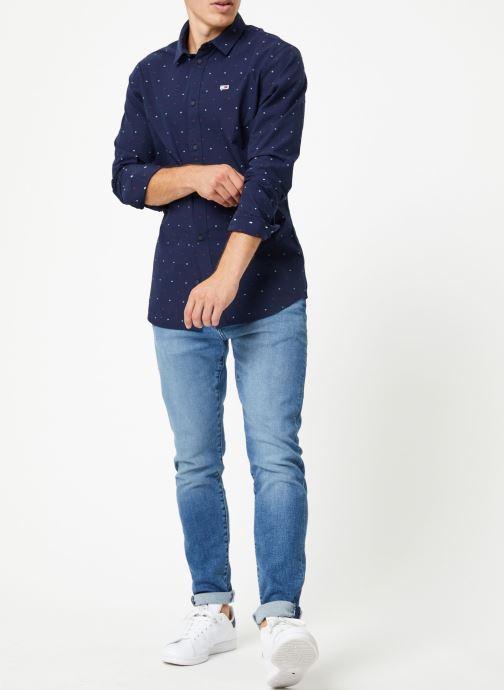 Vêtements Tommy Jeans TJM NOVELTY DOBBY SHIRT Bleu vue bas / vue portée sac