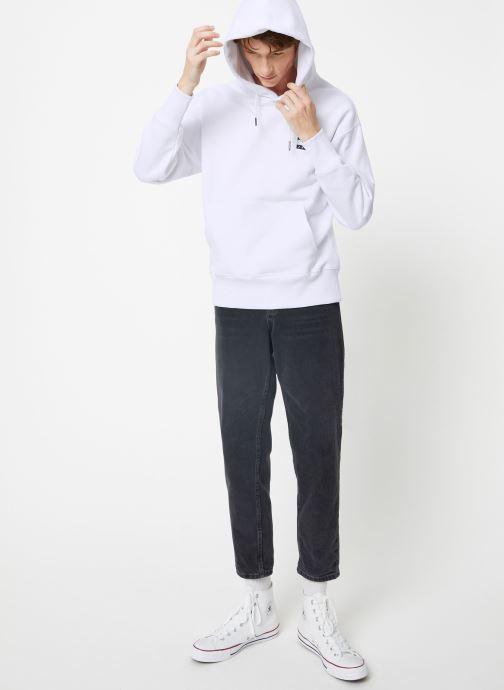 Tøj Tommy Jeans TJM TOMMY BADGE HOODIE Blå se forneden