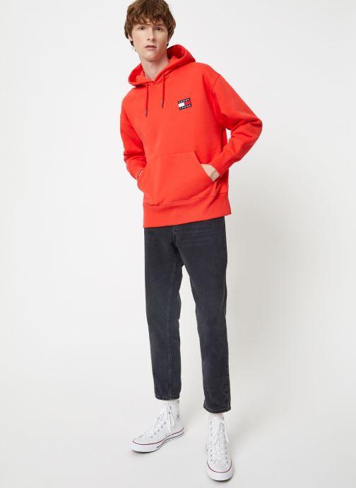 Vêtements Tommy Jeans TJM TOMMY BADGE HOODIE Rouge vue bas / vue portée sac