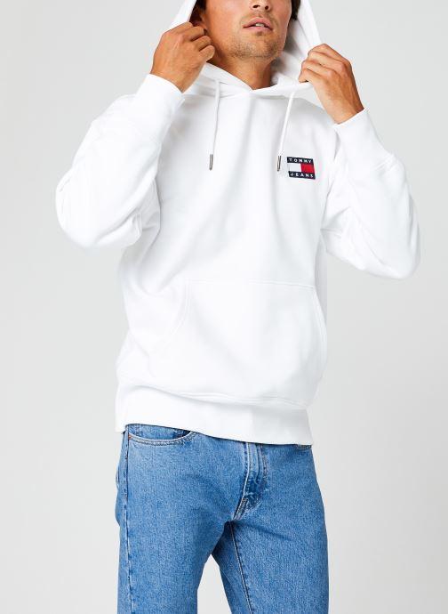 Vêtements Tommy Jeans TJM TOMMY BADGE HOODIE Blanc vue droite