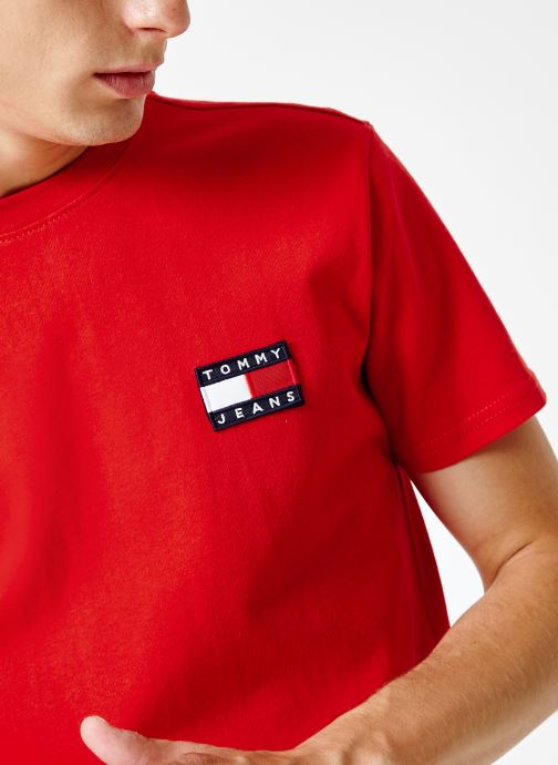 Kleding Tommy Jeans TJM TOMMY JEANS BADGE TEE Rood voorkant