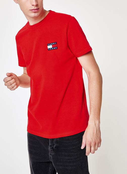 Kleding Tommy Jeans TJM TOMMY JEANS BADGE TEE Rood detail