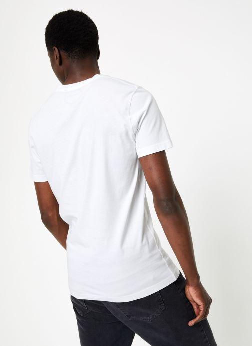 Vêtements Commune de Paris TEE SHIRT LOVEGUN Blanc vue portées chaussures