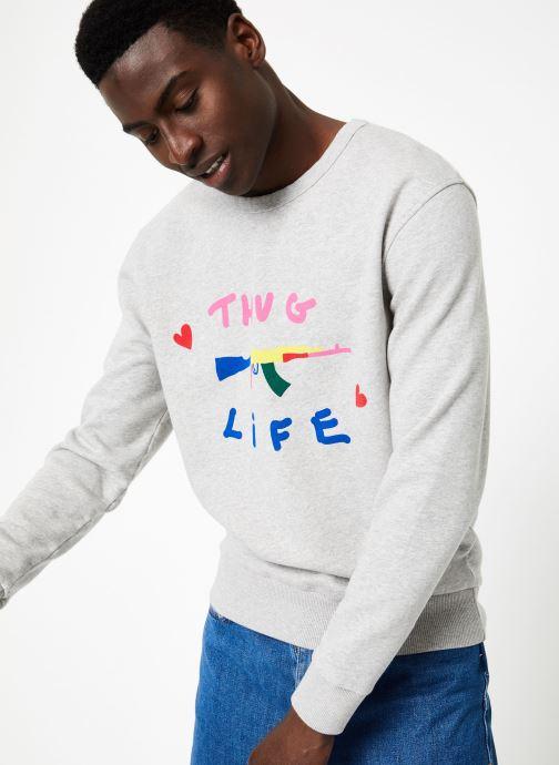 Vêtements Commune de Paris SWEAT LOVEGUN Gris vue détail/paire