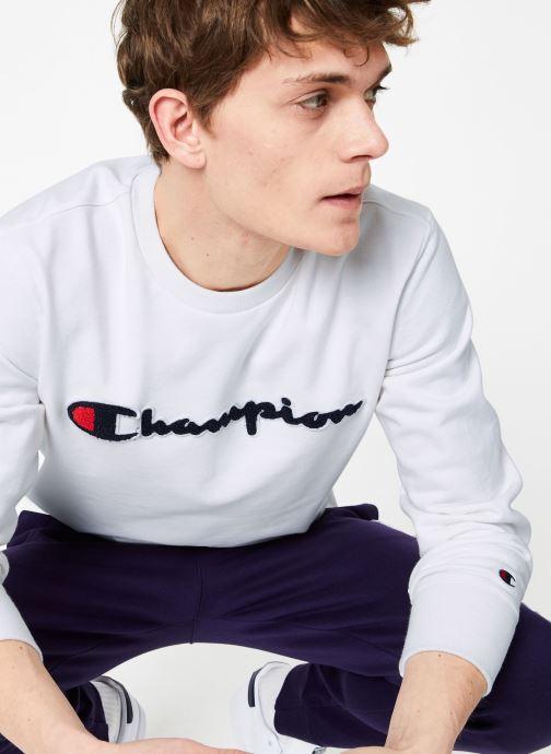 Vêtements Champion Champion Large Script Logo Crewneck Sweatshirt Blanc vue détail/paire
