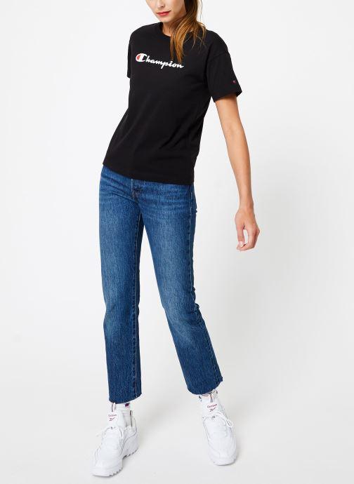Vêtements Champion Champion Large Script Logo Crewneck T-Shirt Noir vue bas / vue portée sac