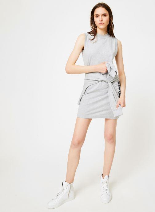 Vêtements Champion Champion Sleeveless Dress with Oversized Vertical Script Logo Gris vue bas / vue portée sac