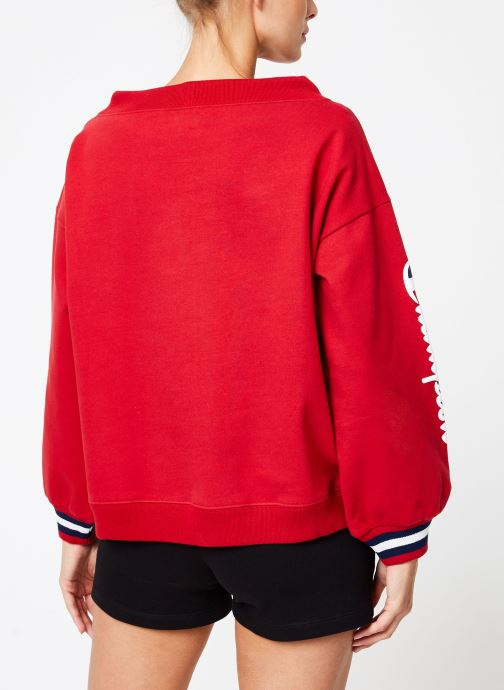 Vêtements Champion Champion Boat Neck Sweatshirt with Sleeve Logo Rouge vue portées chaussures