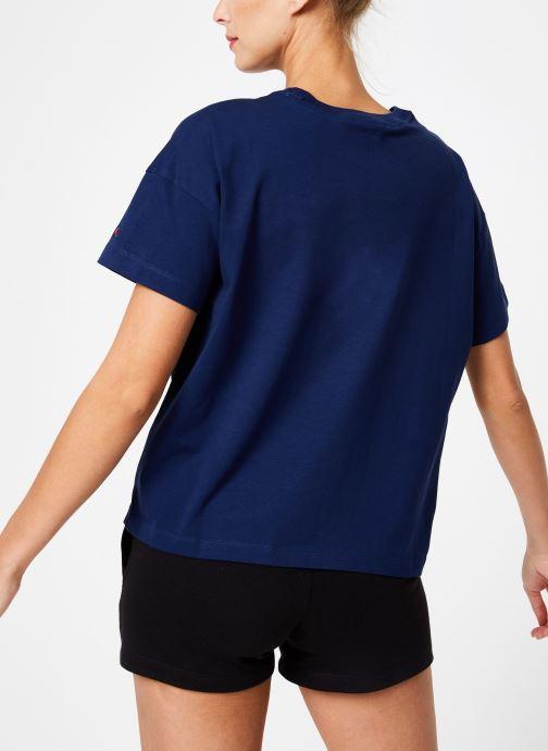 Vêtements Champion Champion C-Logo Crewneck T-Shirt Bleu vue portées chaussures