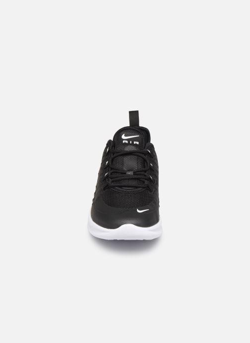 Sneakers Nike Nike Air Max Axis (Ps) Nero modello indossato
